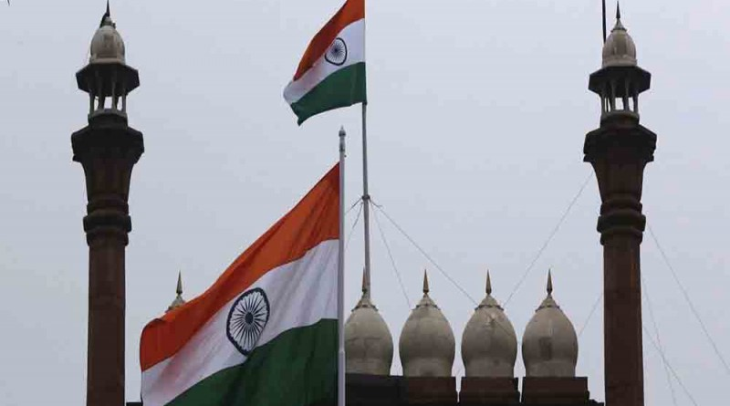 Índia quer combater serviço de internet gratuito do Facebook