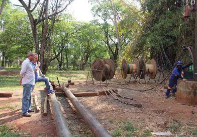Édio Lopes fiscaliza providências para a solução da falta de água na cidade